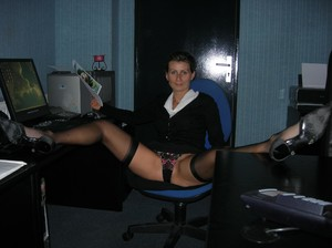 My-Secretary-At-Work-And-At-Home-x33-g7a00njfor.jpg
